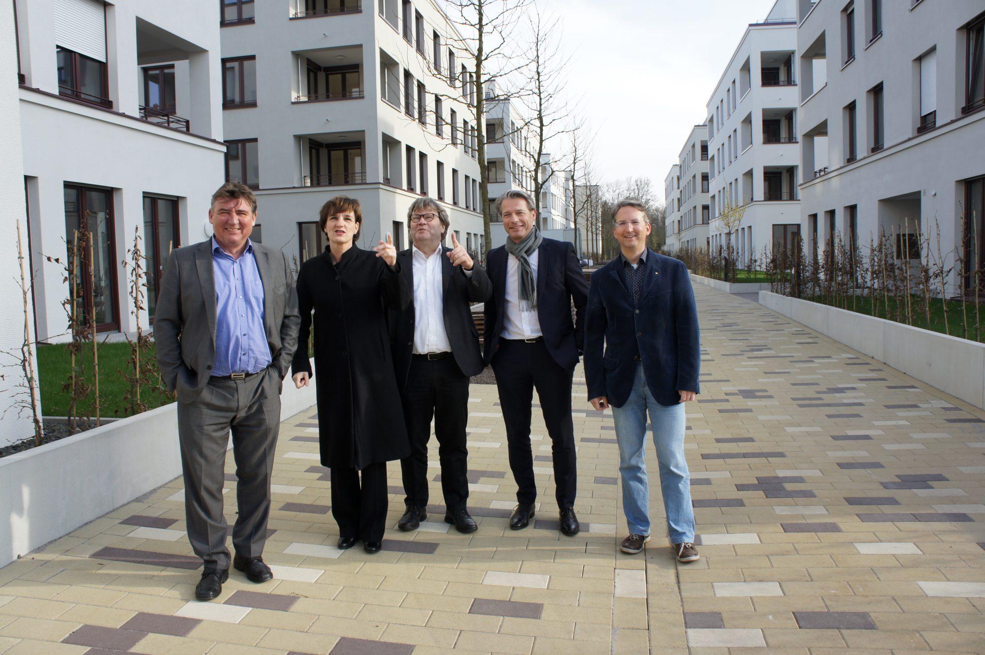 Übergabe mit Bürgermeister Gü Beck und Architekt Stefan Giesler